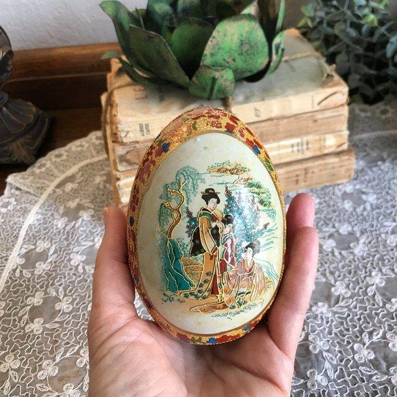 Antique 1920's Satsuma Japanese egg